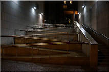 TQ3880 : Steps and ramp by Ian S