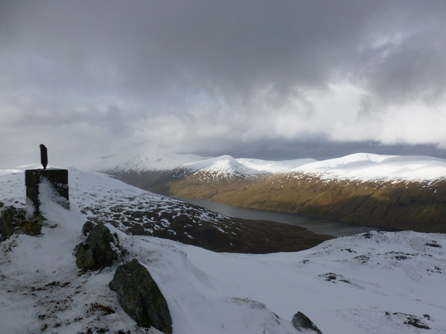 North-west of Meall nan Sùbh's summit