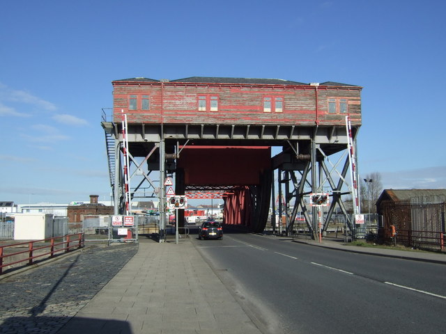 Swing bridge on Tower Road