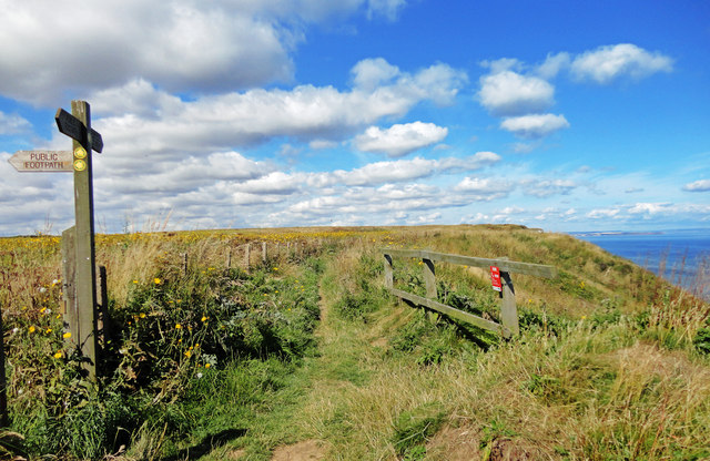 North Cliff Waymarker