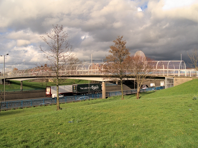 Footbridge over the M60 at Junction 17
