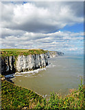 TA2272 : North Cliff views, Headland Way by Scott Robinson