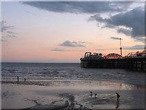 TQ3103 : Low Tide near Palace Pier by Simon Carey