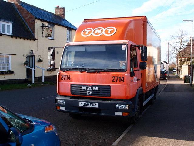 TNT Parcel Truck