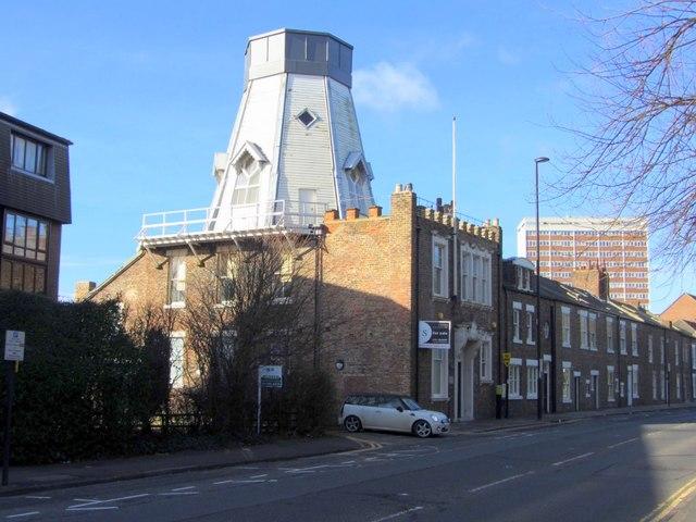 Chimney Mill, Claremont Road