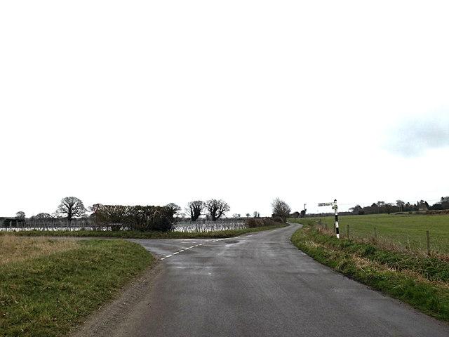 School Road, Bergh Apton