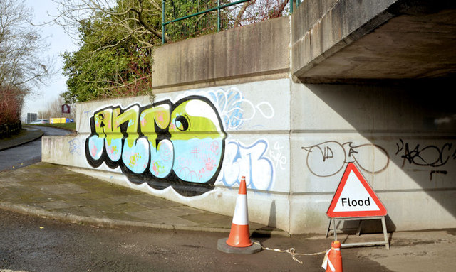 Cycle lanes and subways, Sydenham bypass, Tillysburn, Belfast - March 2014(1)