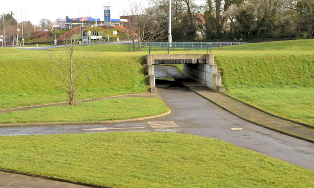Cycle lanes and subways, Sydenham bypass, Tillysburn, Belfast - March 2014(2)