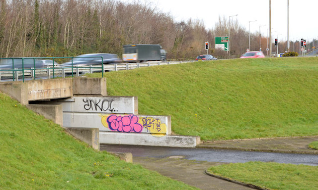 Cycle lanes and subways, Sydenham bypass, Tillysburn, Belfast - March 2014(3)