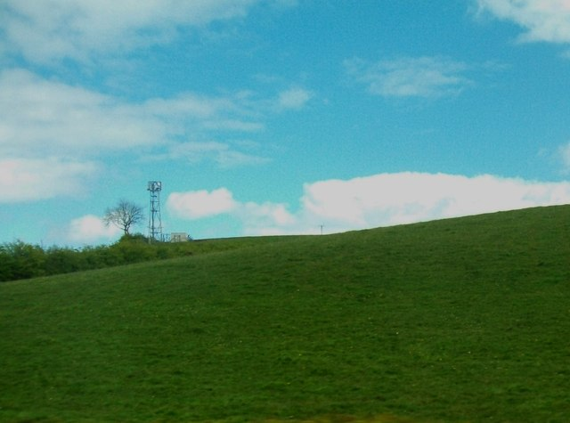 Telecommunications mast on the summit of a drumlin east of the Carryduff Road