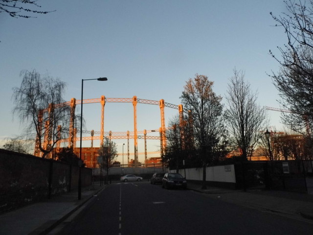 Gas Holder by Imperial Road