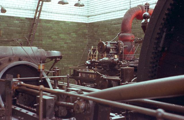 John Maude & Sons Ltd, Bankhouse Mills - steam engine