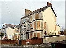 J5081 : Houses, Southwell Road, Bangor by Albert Bridge