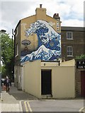 TQ3276 : Homage to Hokusai, Coldharbour Place, Camberwell by Robin Stott