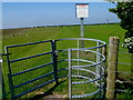 ST4585 : Kissing gate on the Wales Coast Path at the edge of Caldicot Moor by Jaggery