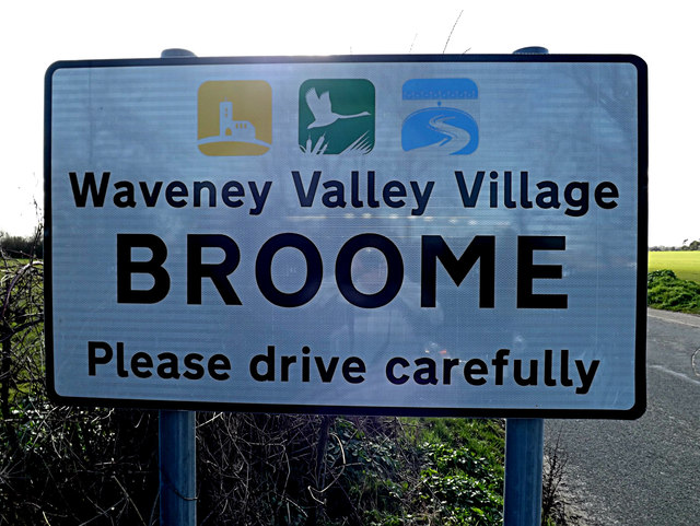 Broome Village Name sign on Yarmouth Road
