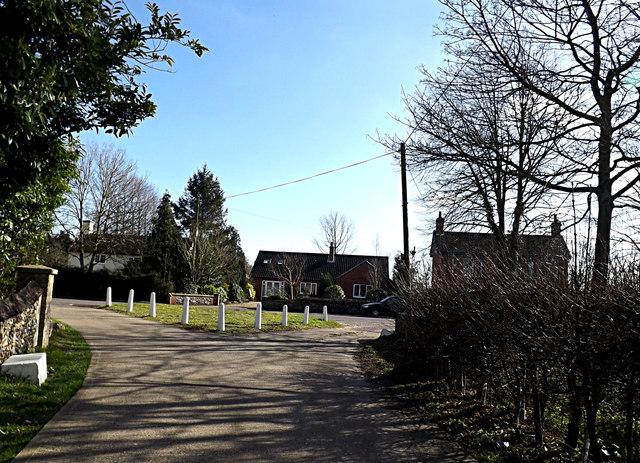 Hall Road & bridleway