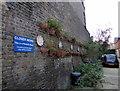 TQ2777 : Clover Mews, Chelsea by PAUL FARMER