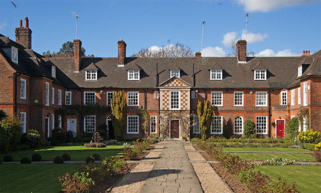 Quadrangle housing, Hampstead Garden Suburb