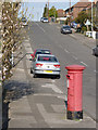 SK6040 : Greenwood Avenue postbox ref NG4 463 by Alan Murray-Rust