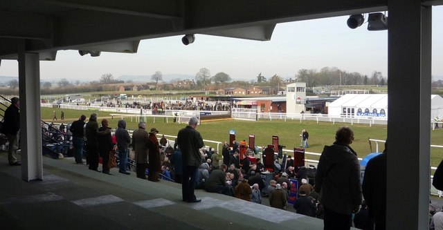 Grandstand, crossing point and fences at Ludlow Racecourse