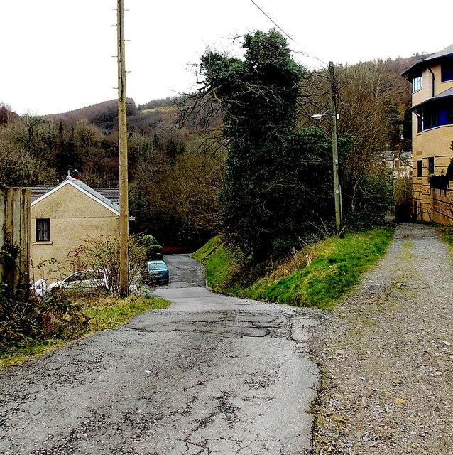Pwllfa Road, Cwmaman