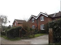 TL3005 : Houses in Ponsbourne Park by David Howard