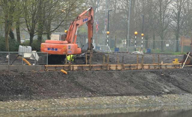 Revetment works, River Lagan, Belfast - April 2014(2)