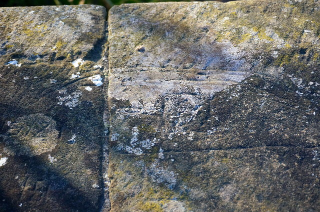 Carving on a stone bridge parapet (4); tank