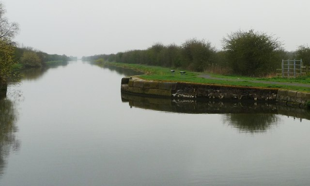 Site of Smallhedge Swingbridge, New Junction Canal