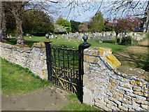 TF1107 : A side gate to Maxey churchyard by Richard Humphrey