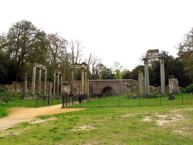 Leptis Magna ruins, Virginia Water (1)