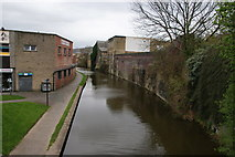 SE1437 : The Leeds and Liverpool Canal at Shipley by Bill Boaden