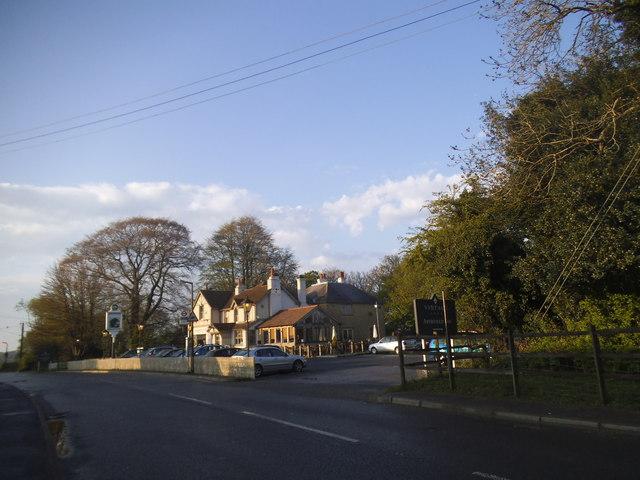 The Aperfield Inn on Main Road