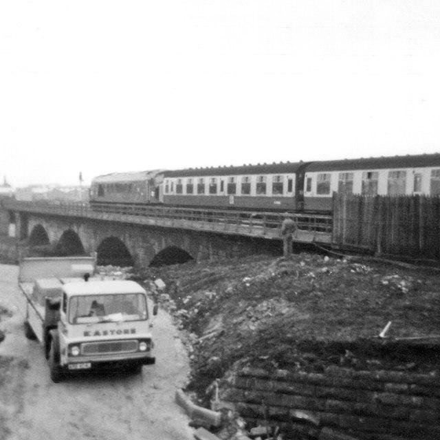 Sheffield train crossing the Derwent, 1973