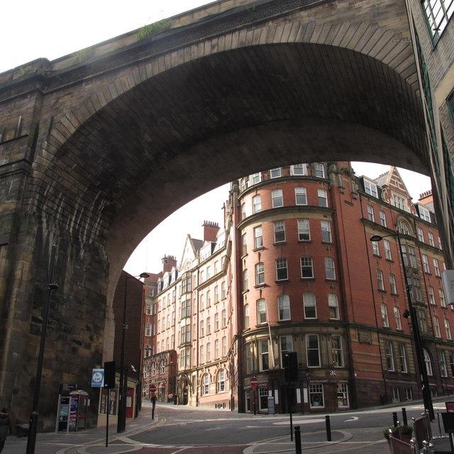 Side / Dean Street
