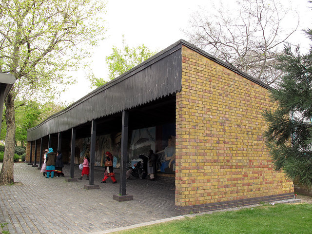The Dockers Shelter, Redriff Way, Rotherhithe