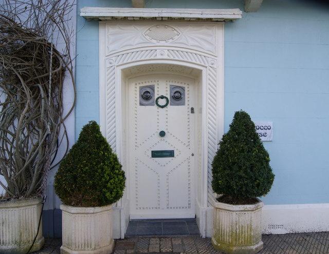 Friendly front door in Dartmouth
