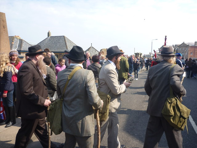 Coastal East Lothian : New Jethro Tull Line-up Go Walkabout In Dunbar