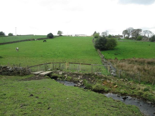 Footbridge over Pitty Beck