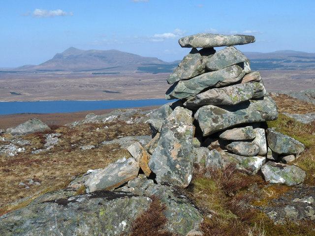 Summit cairn, Beinn Sgreamhaidh, Sutherland