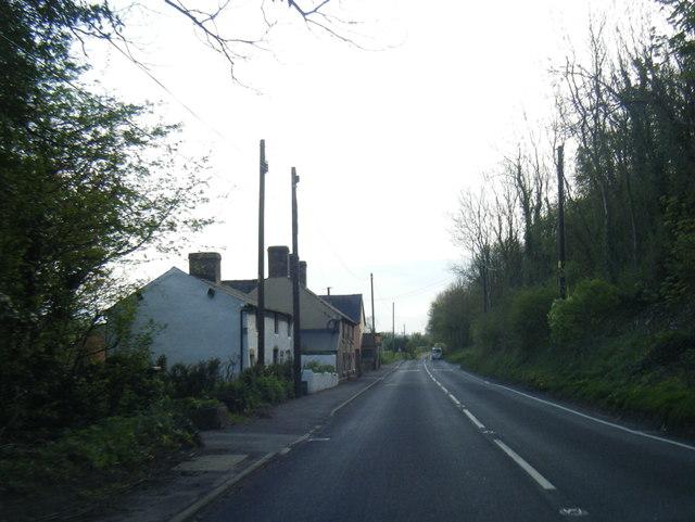 A495 east of Porth-y-waen
