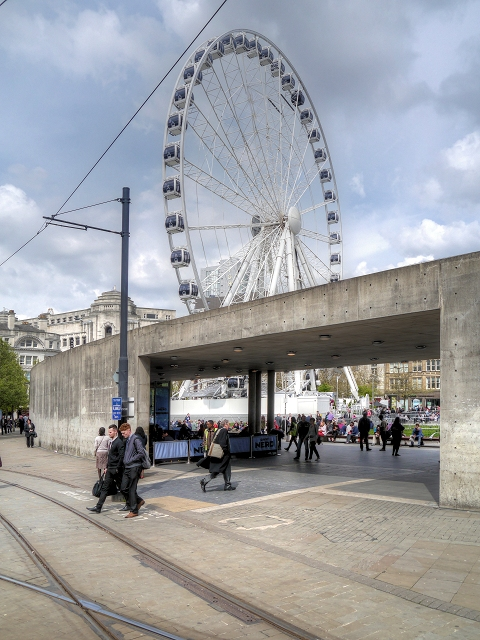 Wheel and Wall, Piccadilly Gardens