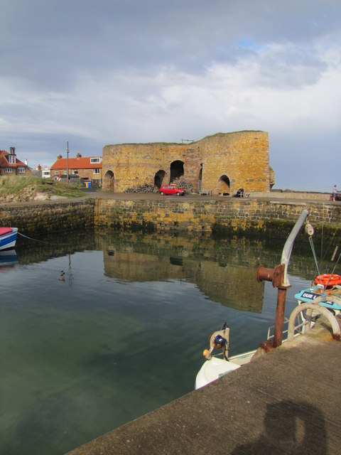 Beadnell Harbour and Lime Kiln