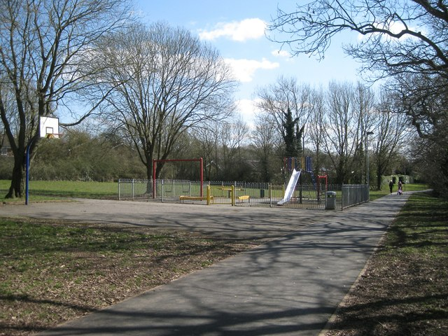 Play area off Carlton Close, Webheath, Redditch