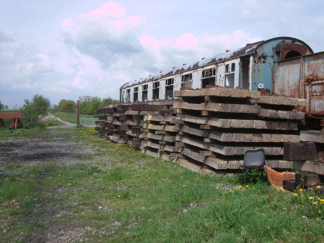Disused railway carriage, South Meadow Lane