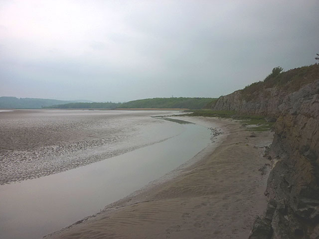 Shore of the Leven estuary north of Skelwith Hill