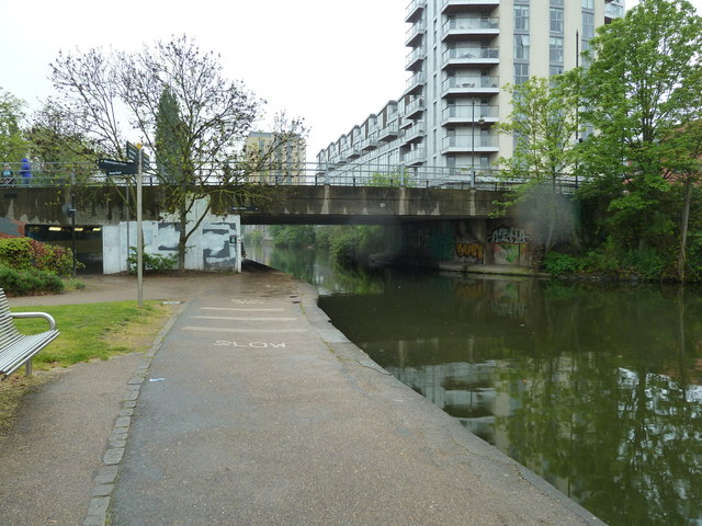 Bridge 55, Regents Canal - Roman Road Bridge