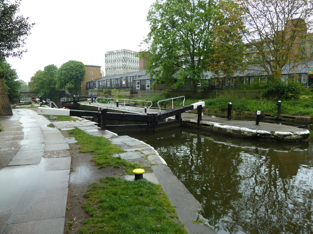 Lock 8, Regents Canal - Old Ford Lock