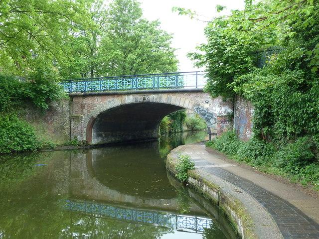 Bridge 53, Regents Canal - Bonner Hall Bridge